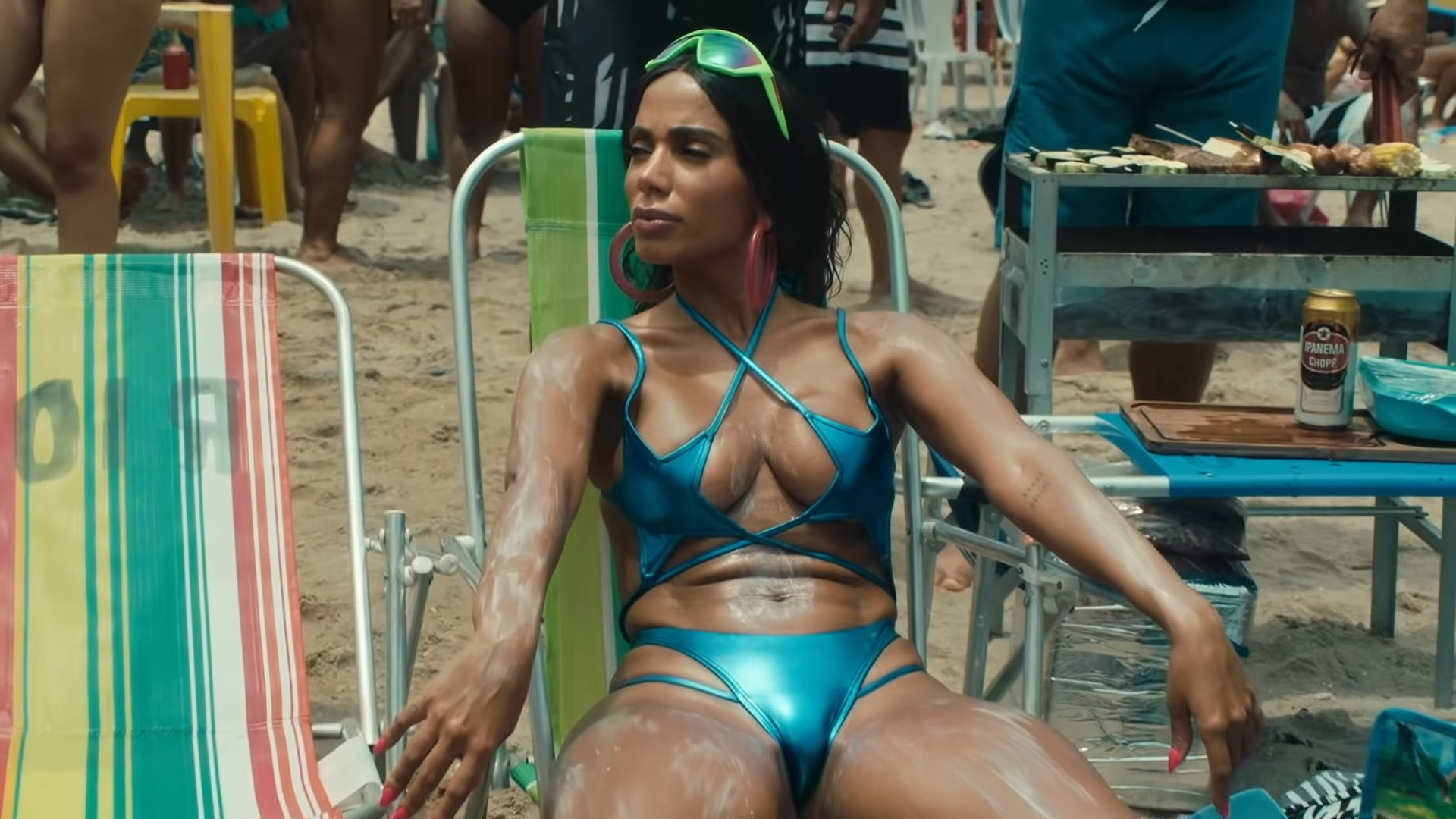 Anitta - Girl From Rio (Official Music Video) 1-17 Screenshot (1)