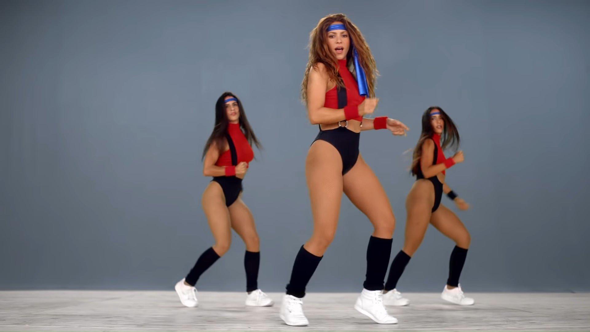 Black Eyed Peas, Shakira - GIRL LIKE ME (Official Music Video) 1-11 Screenshot