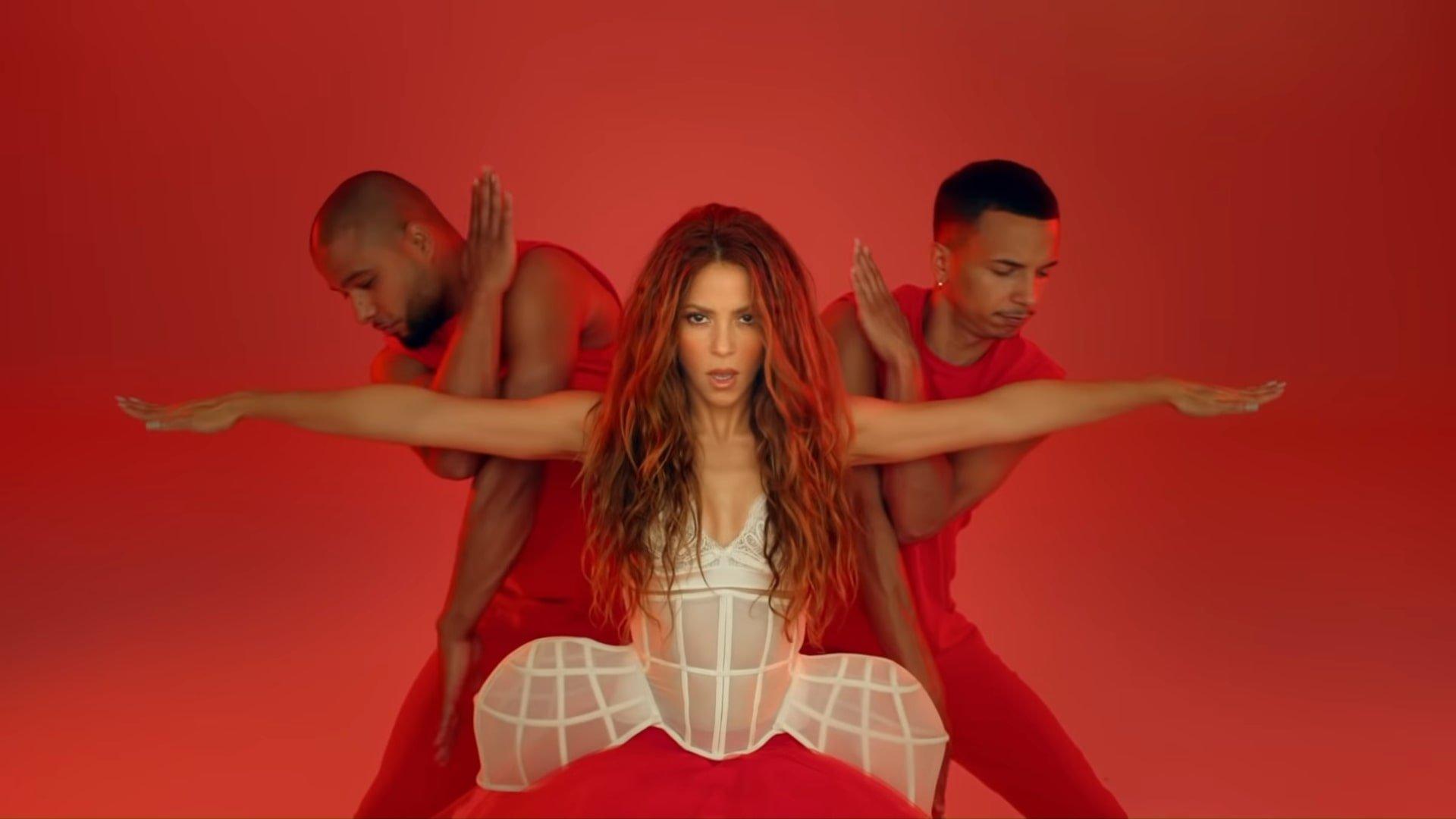 Black Eyed Peas, Shakira - GIRL LIKE ME (Official Music Video) 3-33 Screenshot