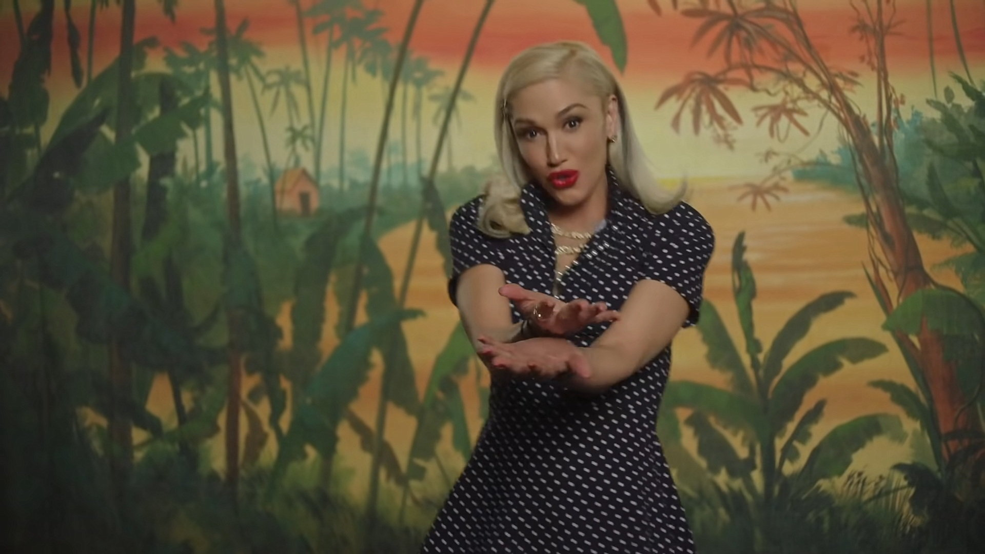 Gwen Stefani - Let Me Reintroduce Myself (Official Video) 2-13 Screenshot