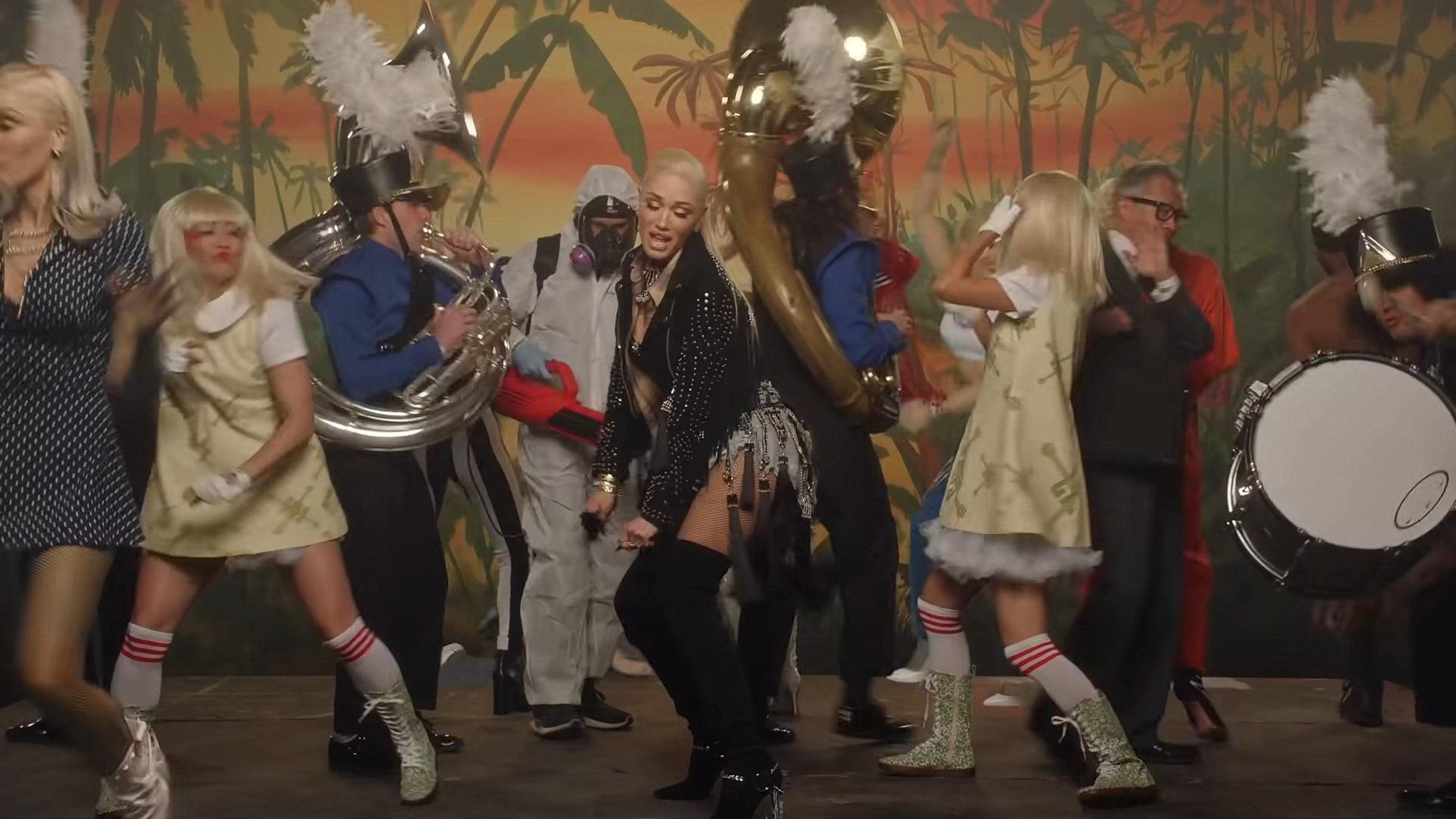 Gwen Stefani - Let Me Reintroduce Myself (Official Video) 3-20 Screenshot