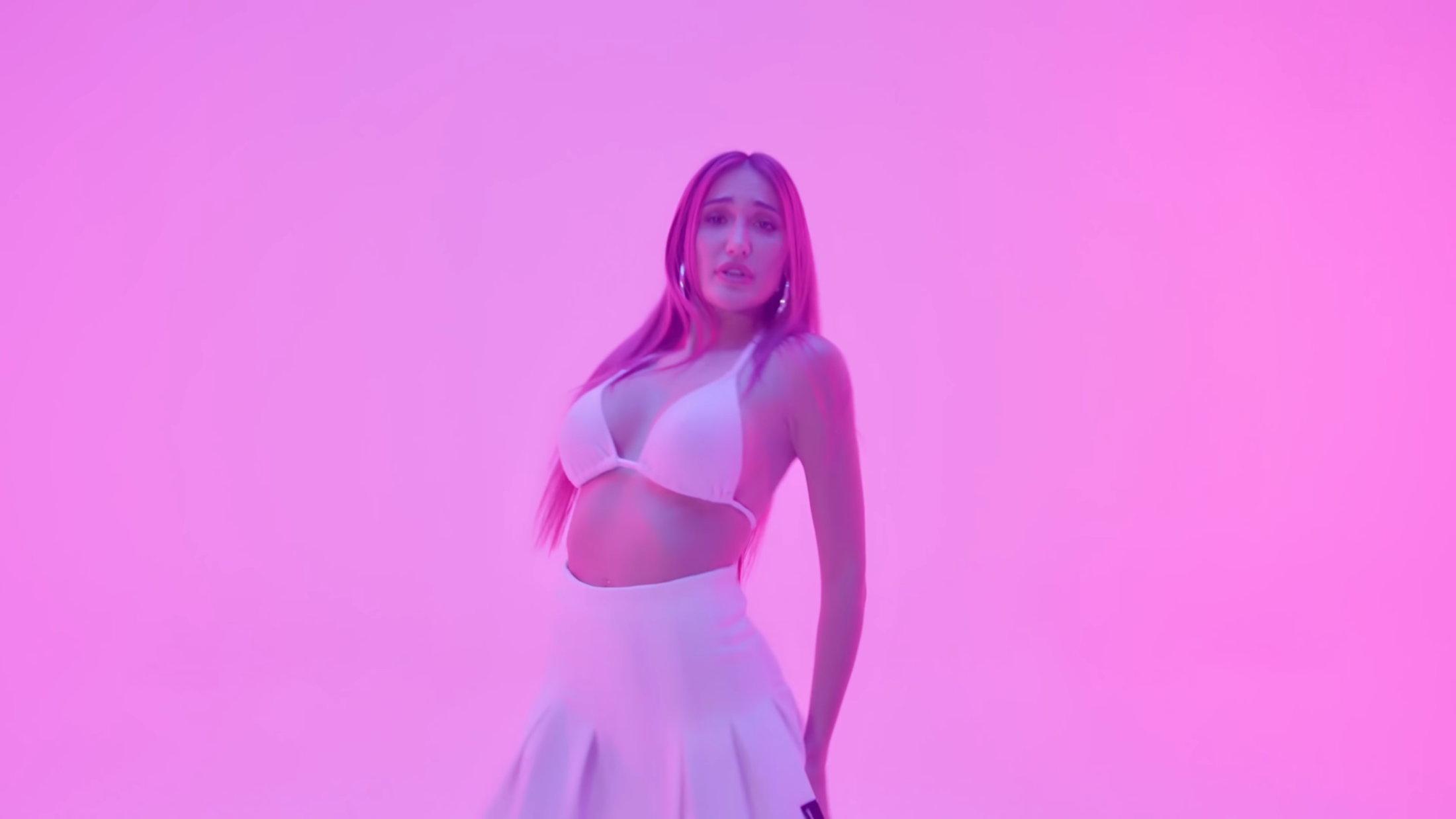 Luna Skye - Innocent (Official Music Video) 1-15 Screenshot