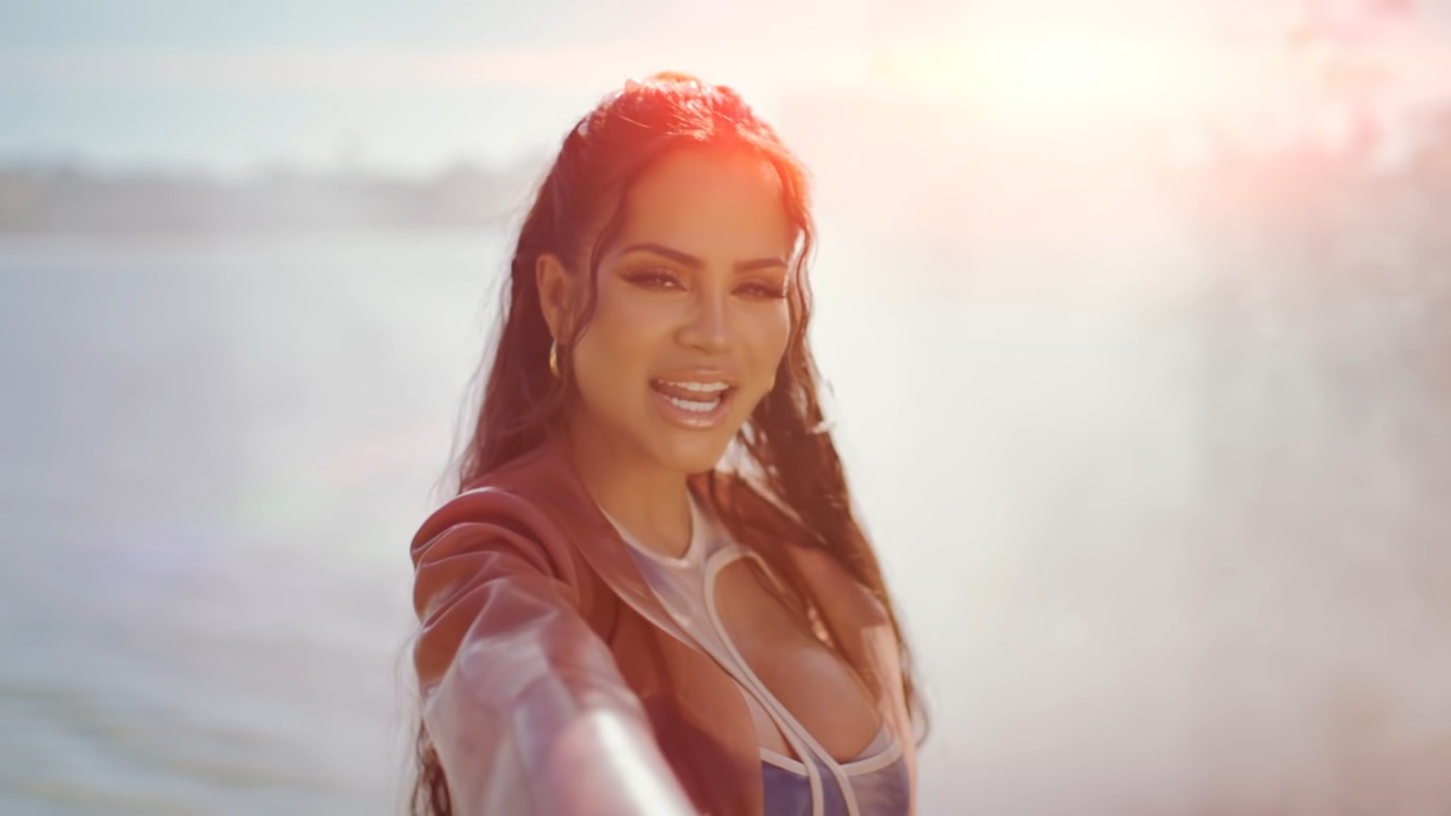 Natti Natasha X Prince Royce - ANTES QUE SALGA EL SOL (14)