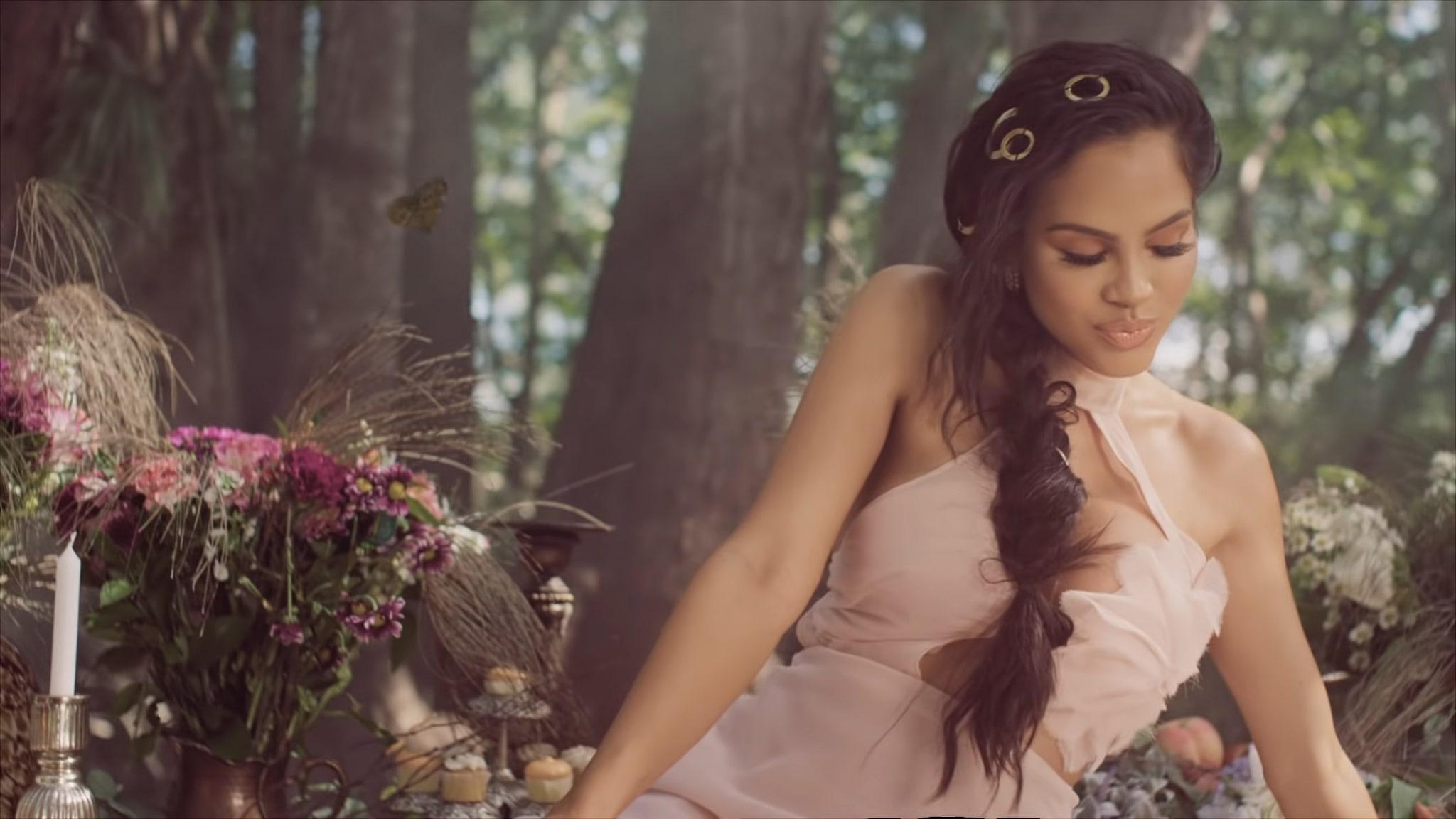 Natti Natasha X Prince Royce - ANTES QUE SALGA EL SOL (19)