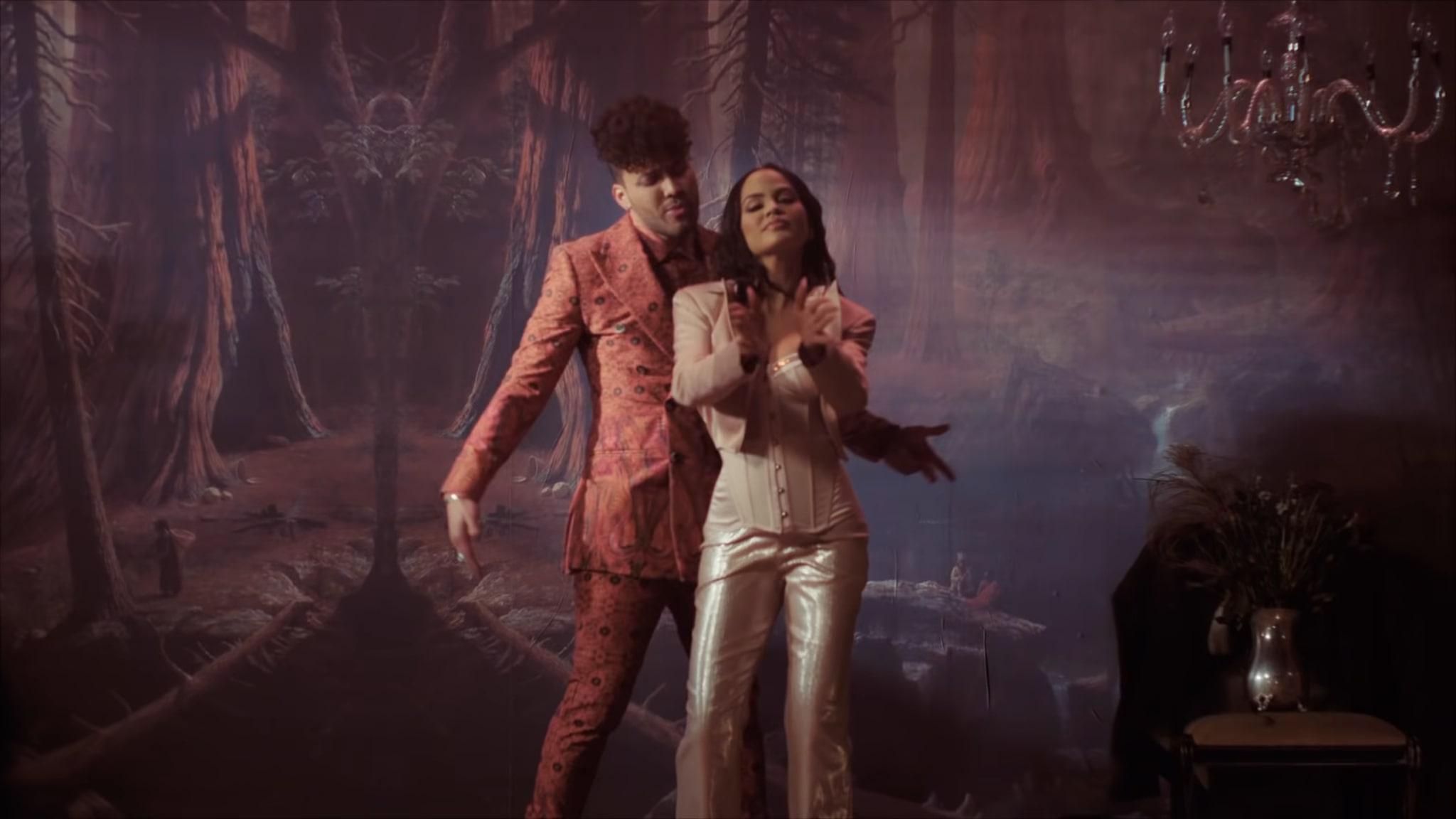 Natti Natasha X Prince Royce - ANTES QUE SALGA EL SOL (21)