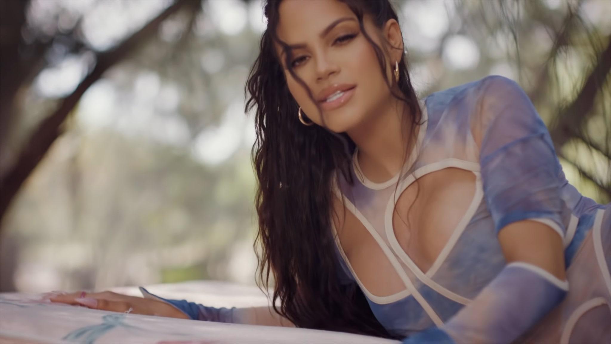 Natti Natasha X Prince Royce - ANTES QUE SALGA EL SOL (3)