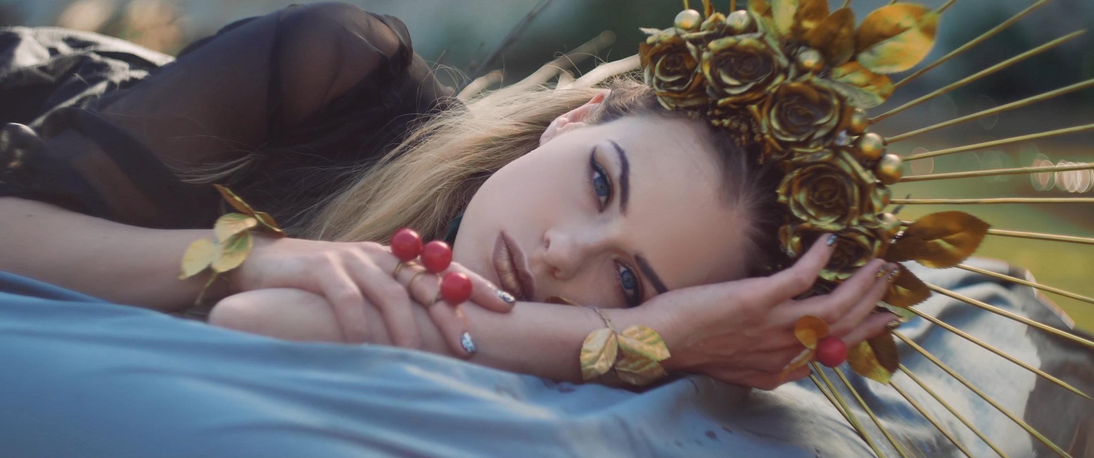 OMNIMAR - Feels Like Velvet (Official Video) 3-24 Screenshot