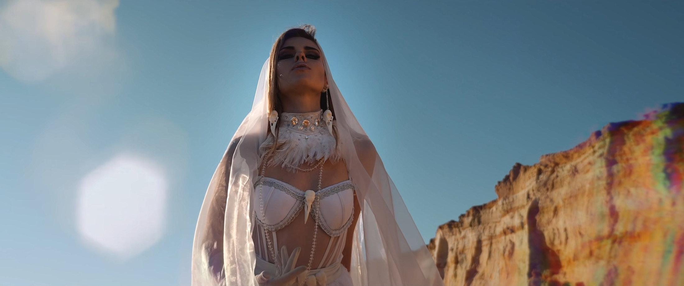 OMNIMAR - Feels Like Velvet (Official Video) 3-9 Screenshot