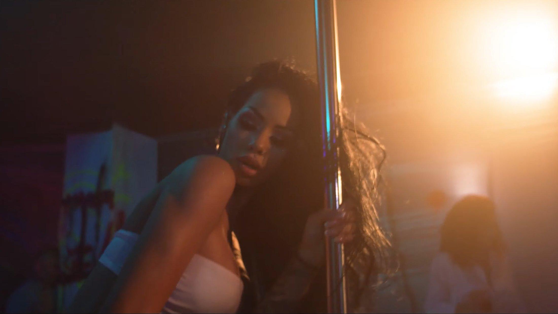 VADO Feat. Tamaz - Look Around - Official Music Video 1-56 Screenshot